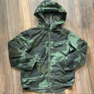 {preloved} Boy's GAP Camo Rain Jacket